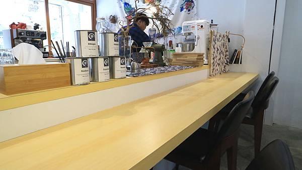 cafe12.jpg