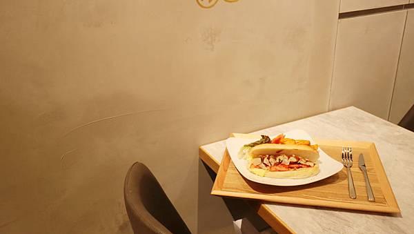 bakery49.jpg
