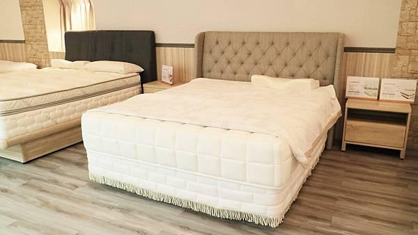 bed03.jpg