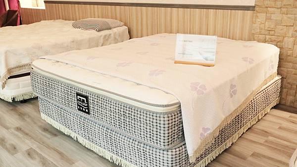 bed08.jpg