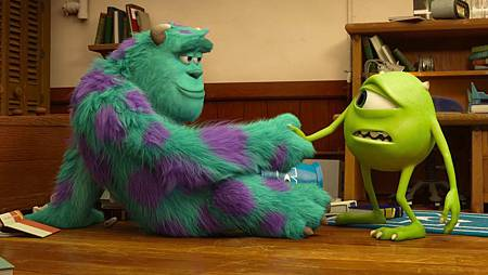 MONSTERS-UNIVERSITY-First-Contact-18-38-28.jpg