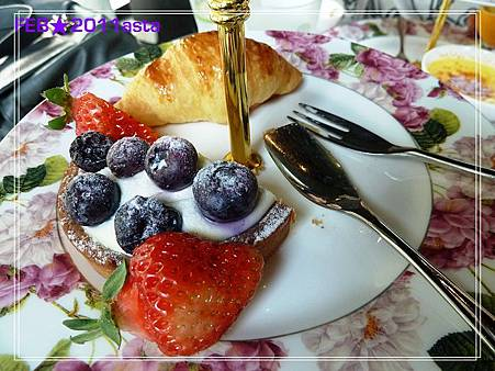 eat 041.jpg