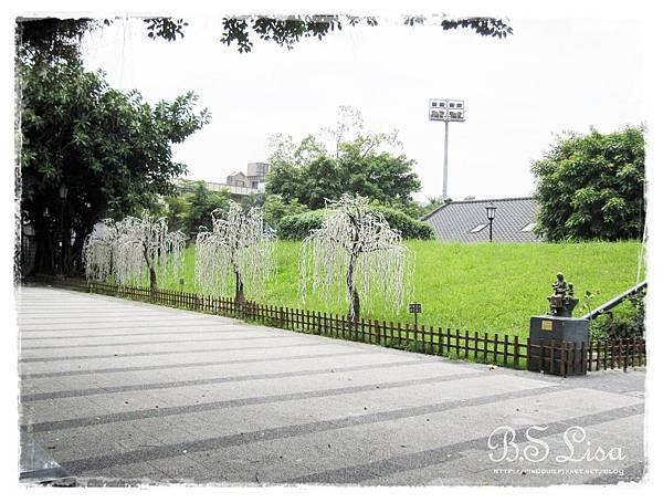 四四南村-好丘 -1.JPG