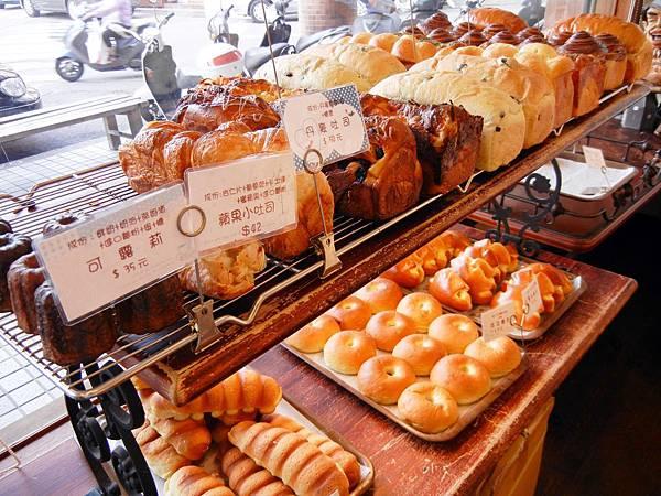 台中 ─ 羅娃麵包