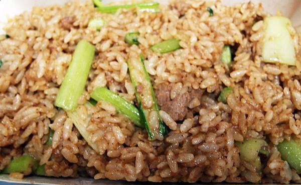 內埔 ─ 炒牛羊肉