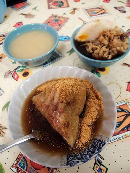 潮州 ─ 中正市場內碗粿