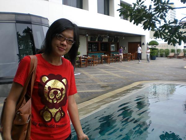 飯店上的游泳池