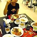 泰國第一餐,各國料理吃到飽!