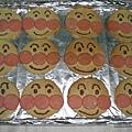 手做─麵包超人蜂蜜餅乾(剛烤好)