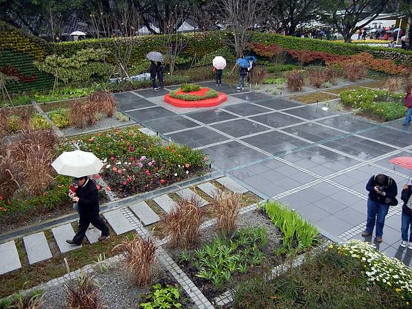 圓山區 ─ 西安的院子(以牆為設計核心)
