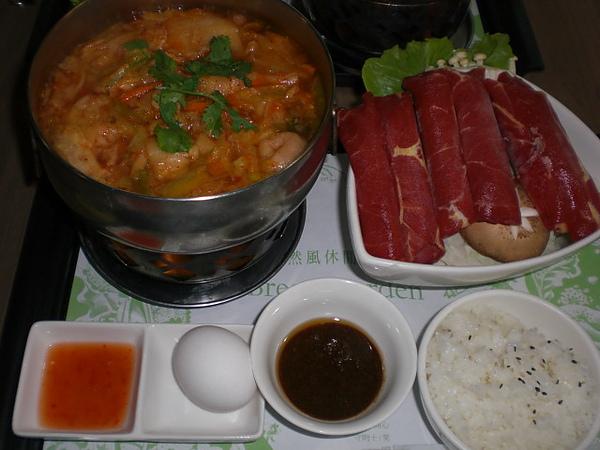 自然風─牛肉泡菜鍋