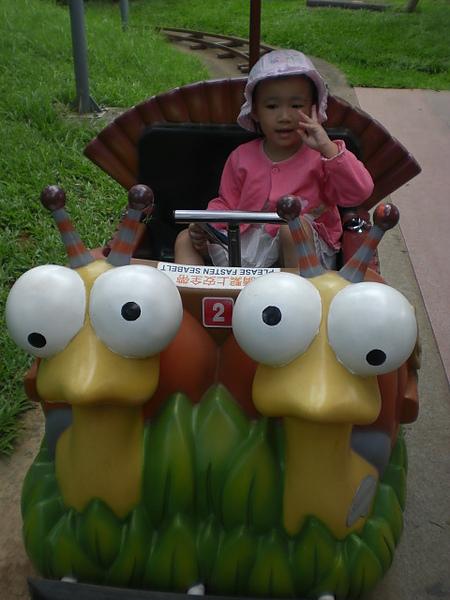 需要從後面推的小蝸牛車~~累死ㄚ姨我