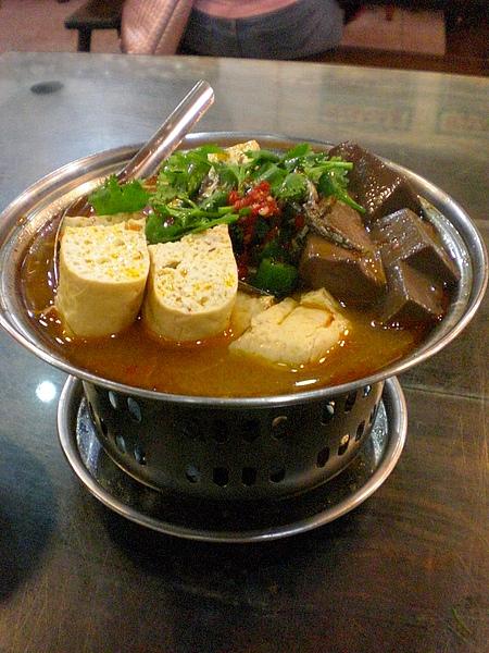 吃麻辣豆腐