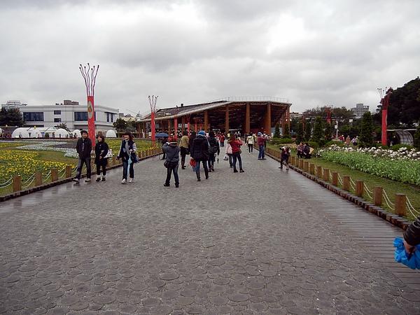 新生區 ─ 往花夢廣場