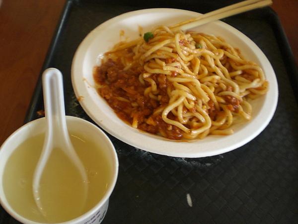 魔法肋排─肉醬義大利麵
