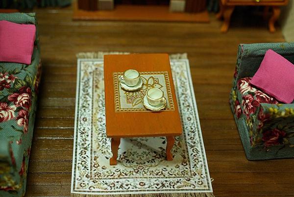 茶几與地毯.jpg
