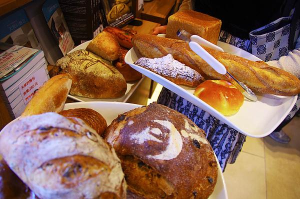 麵包啊.jpg