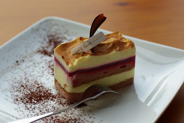 白巧克力藍莓蛋糕.JPG