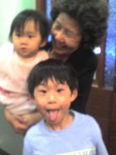 李媽媽&姪女(渟)&姪子(涵)2