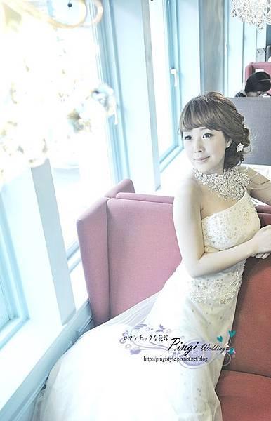 新娘秘書pingi_DSC9742彩妝造型婚紗.jpg