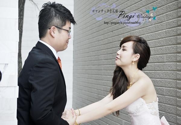 新秘pingipingi_076婚紗造型.jpg