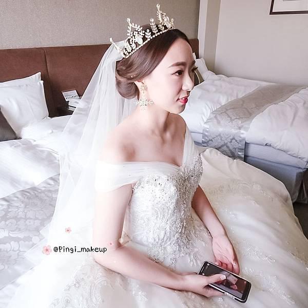 新娘造型台北台中高雄新秘全省新秘pingi新娘妝白紗造型.jpg