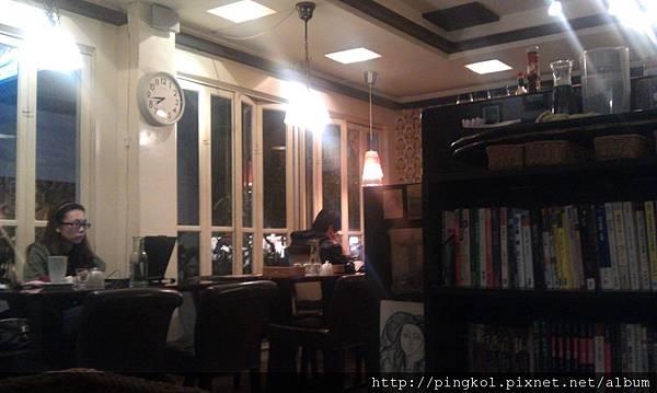 Swing Cafe (1).jpg