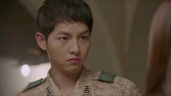 Descendants_of_the_Sun-12.mkv_20160331_233713.299