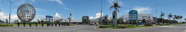 1200px-SM_Mall_of_Asia_wide_pan.jpg