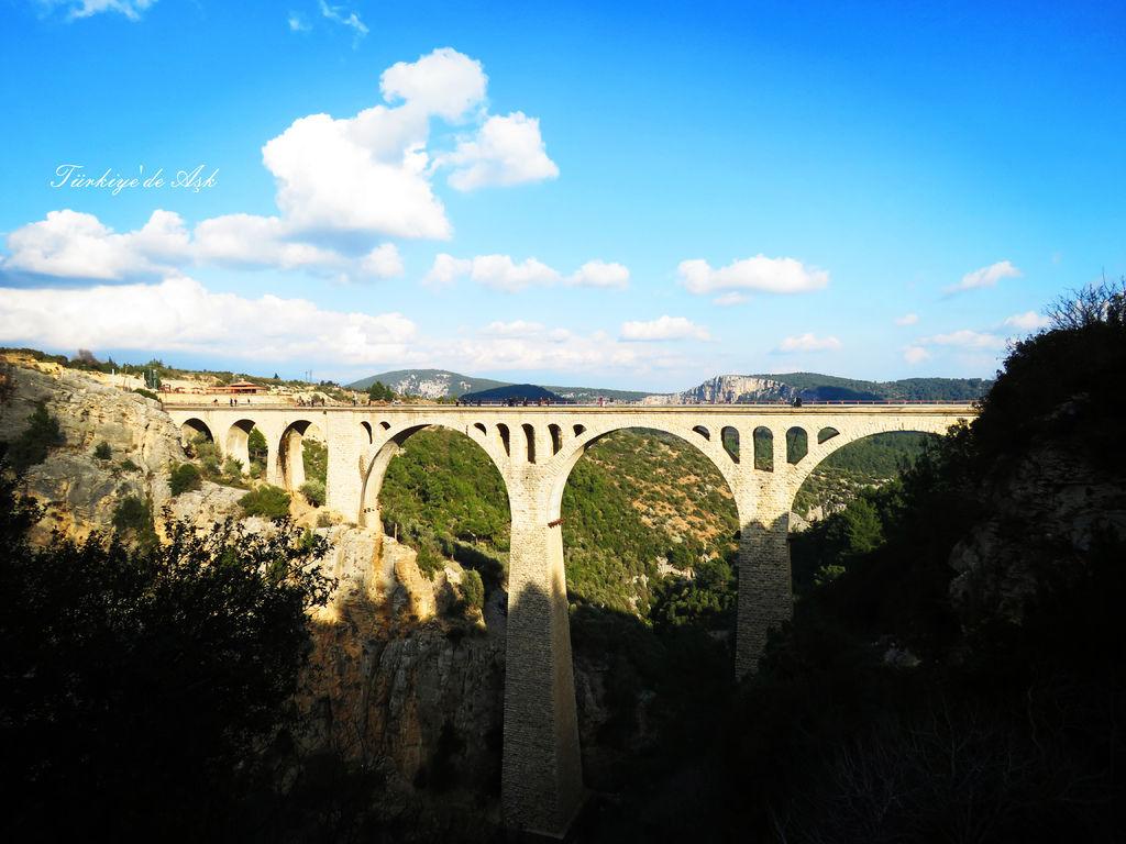 Varda Köprüsü (9).jpg