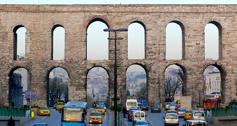 istanbul-buzdogan-kemeri.jpg