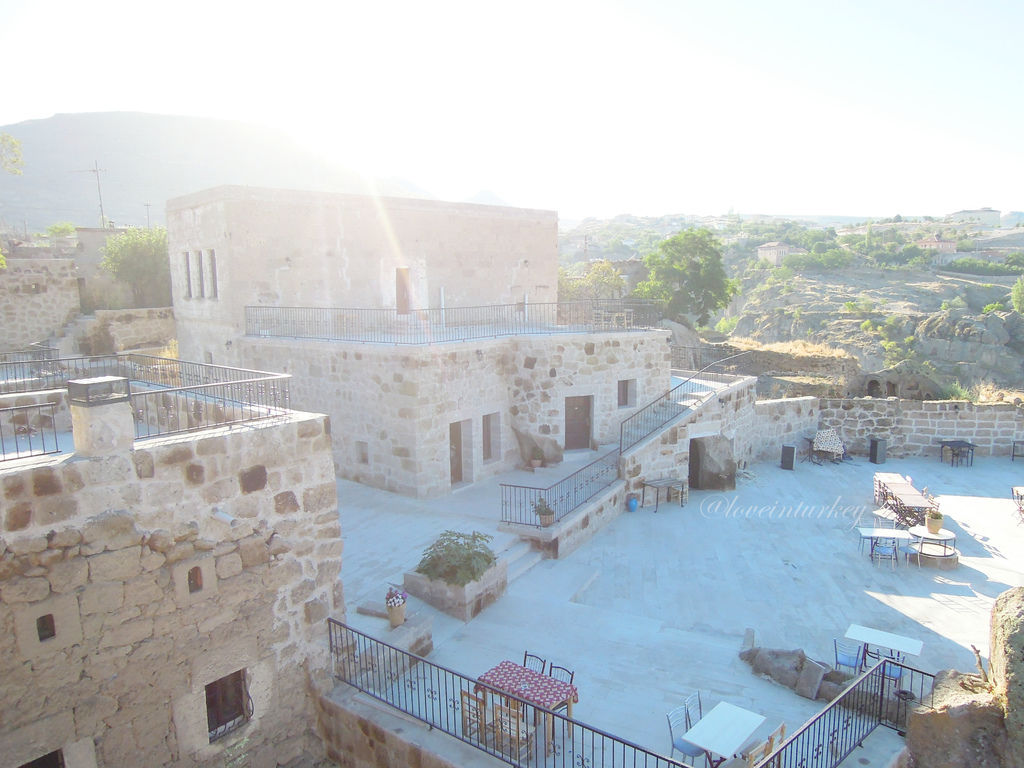 卡帕多奇亞石造旅館.jpg