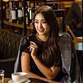 愛麗絲(玉龍)/尹寶拉 飾