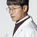 金正洙/吳代煥 飾.png