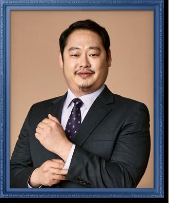 鄭治仁/李宥俊 飾.png