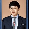 朴俊煥/金政雲 飾.png
