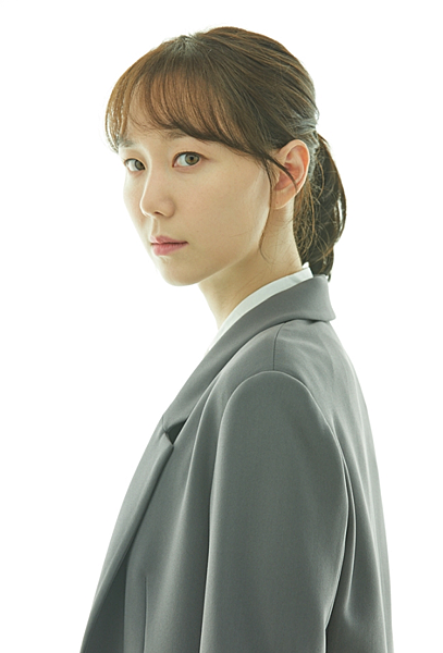 宋素恩/李宥英 飾.png