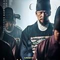 《成為王的男人》海報-李桂/金相慶 飾