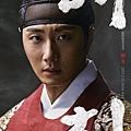 朝鮮英祖 李昑/丁一宇 飾.jpg