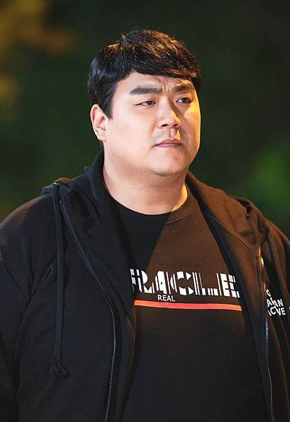 千興萬/李圭浩 飾.jpg