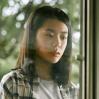 《Hometown》李卿真(15歲)/金智安(김지안)飾.jpg