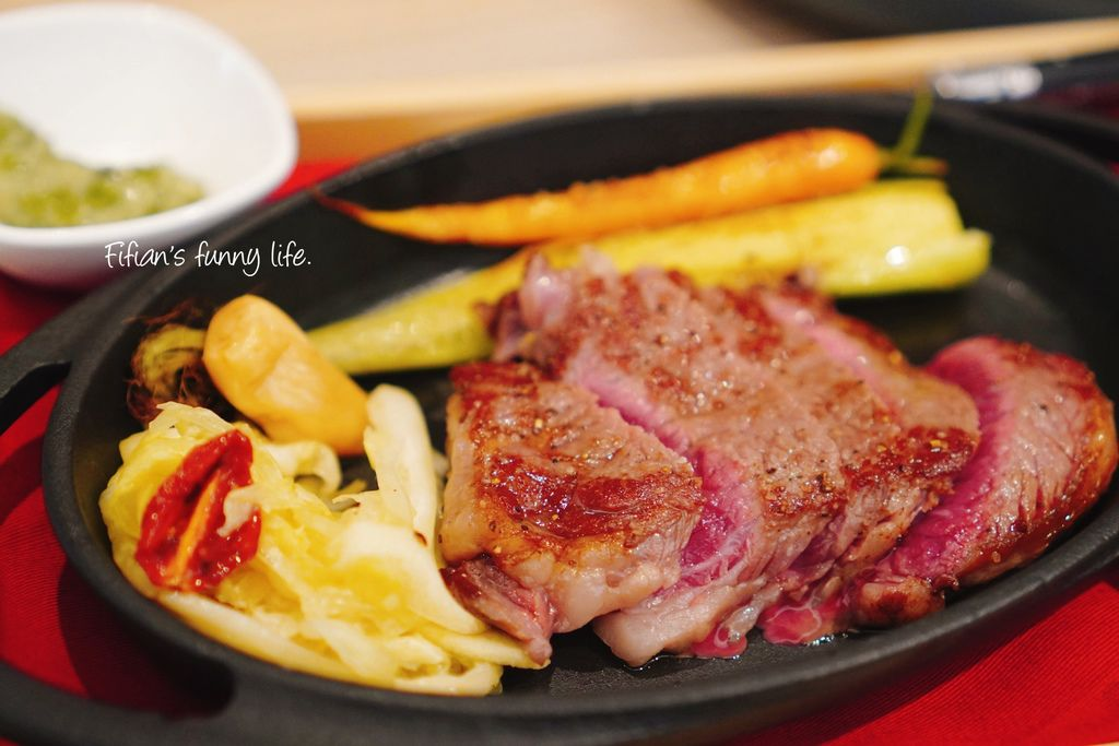 A13遠東百貨 bistro WAYO 乾式熟成肉牛排
