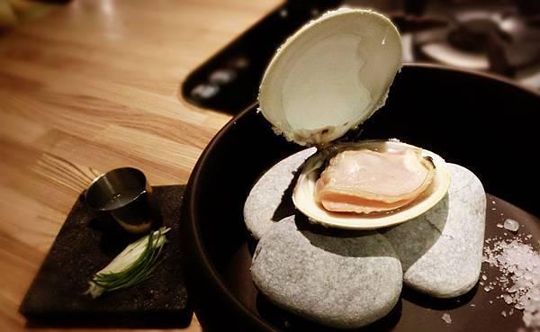 鹽烤手掌鮮大蛤.jpg