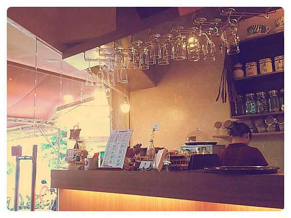 非常用心的咖啡廳:)讓我好想待在宜蘭!