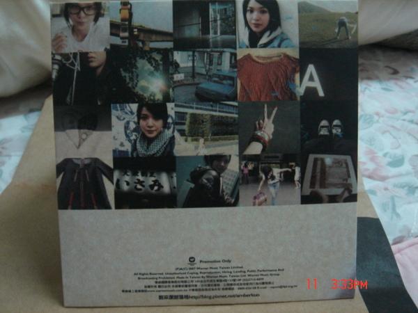 單曲CD背面.JPG