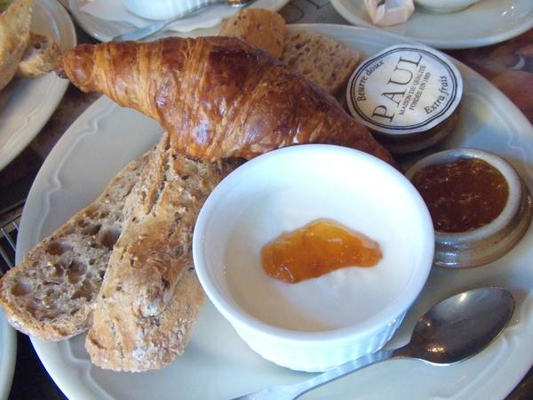 超級豐盛的早餐