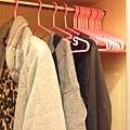 衣架也是桃紅ㄉ