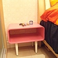 小桌子也是桃紅ㄉ