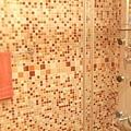 馬賽克拼貼廁所