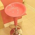 桃紅吧台椅